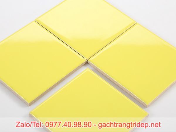 gach the vang 10x10cm